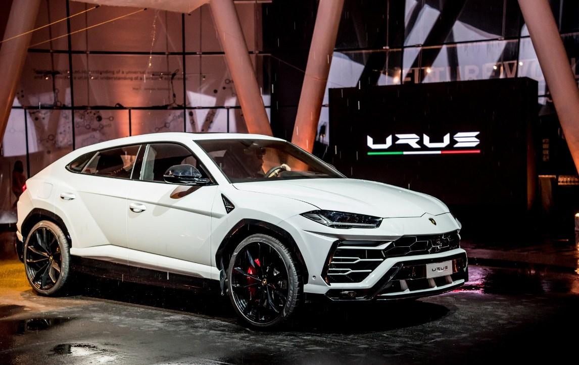 Lamborghini  Urus Japan premiere